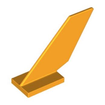 LEGO 6195697 GOUVERNAIL 2X6X4 - FLAME YELOWISH ORANGE lego-6195697-gouvernail-2x6x4-flame-yelowish-orange ici :